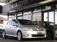 Toyota Auris S Package